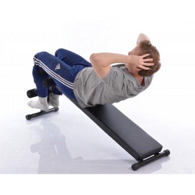 Atsilenkimų suoliukas pilvo raumenims treniruoti 9