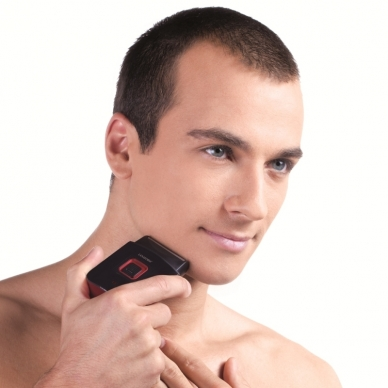 Kelioninė barzdaskutė Lanaform Men's Travel Shaver 3