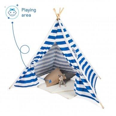 Tipi stila telts ar sloksnēm